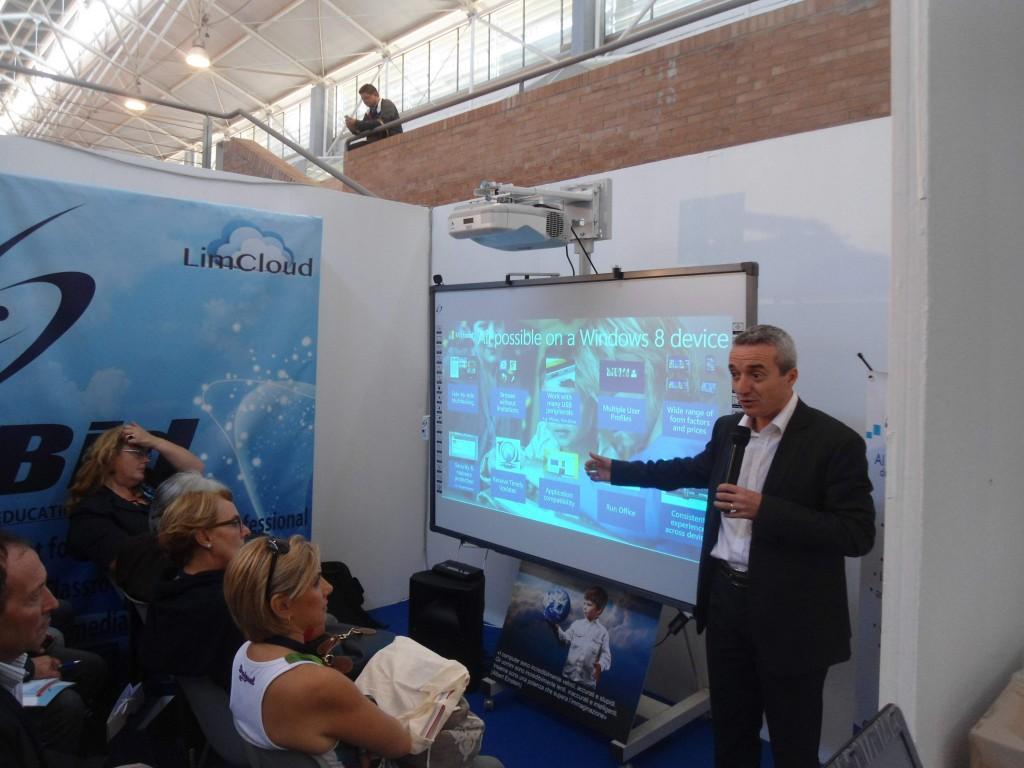 Presentazione microsoft su stand limbid FPA